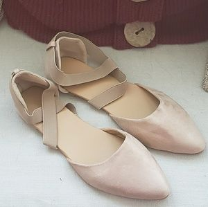 Shoes - Pointed Ballet Flats
